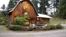 Amazing Barn Transformation Into Cozy Modern House Digsdigs