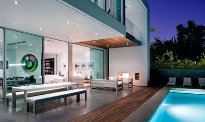 Amazing Modern House Interior Designer Desi