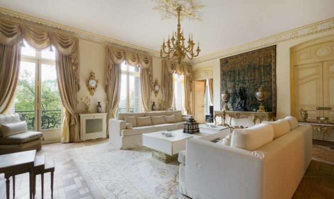 Amazing Victorian Living Room Designs Your