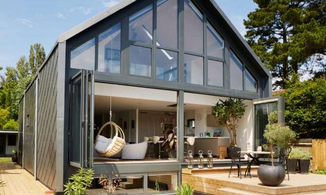 Amphibious House Baca Homes