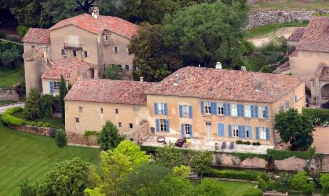 Angelina Jolie Brad Pitt French Home Chateau Miraval Music