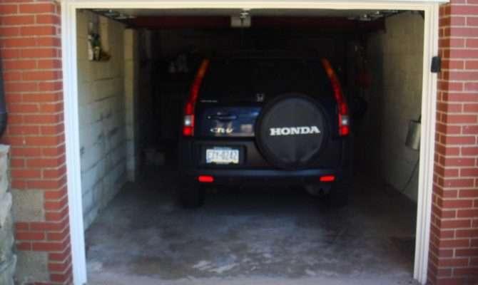 Average One Car Garage