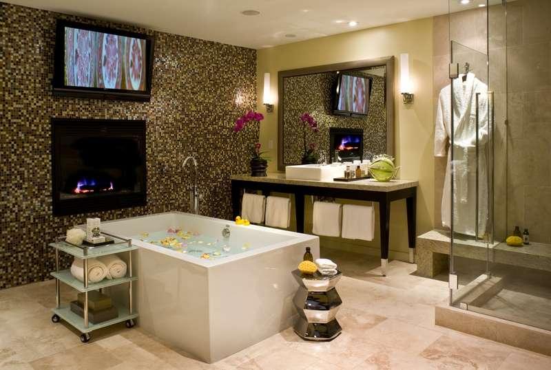 Bathtub Master Bathroom Big Enough Fit Kirstie Alley