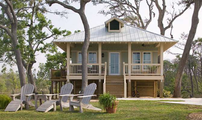 Beach Style House Plan Beds Baths