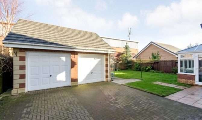 Bedroom Detached House Sale Ewenfield Place Ayr