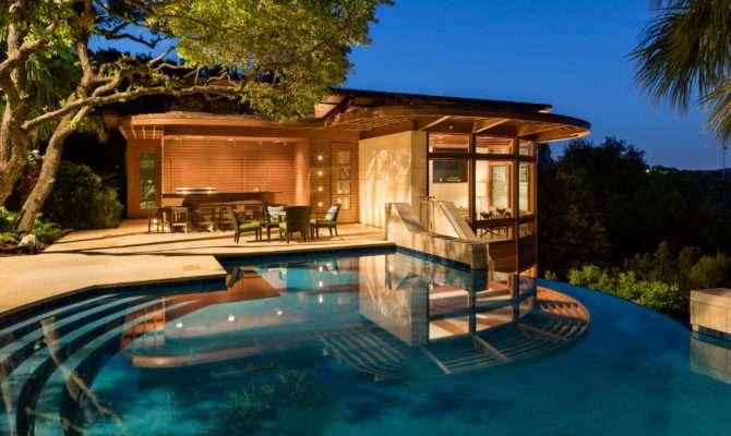 Bidding Starts Buck Luxury Homes Auction