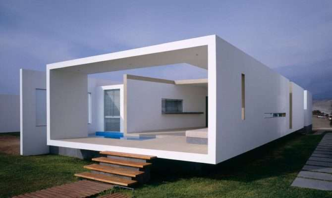 Boxed Delight Rectangular Beach House Peru Catches Eye
