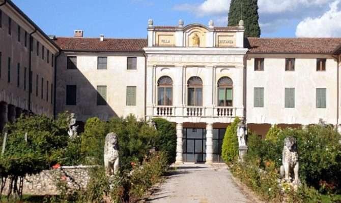 Brad Pitt House Italy