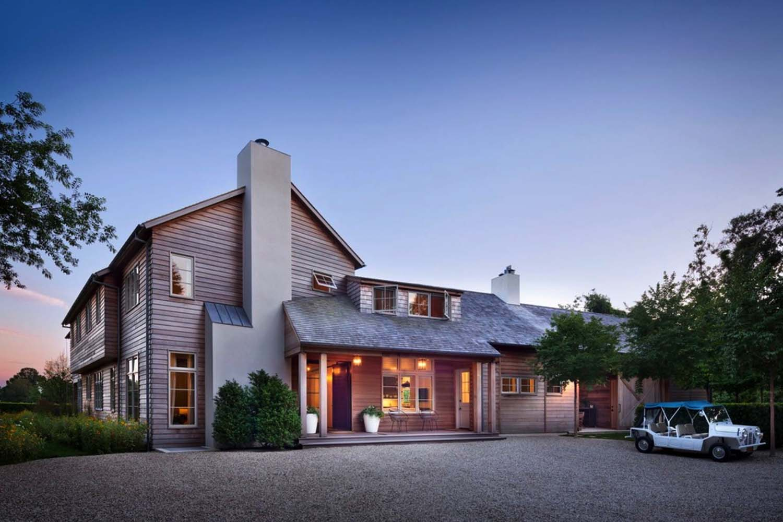 Breathtaking Modern Farmhouse Design East Hampton