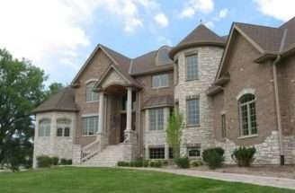 18 delightful new brick home designs - New Brick Home Designs