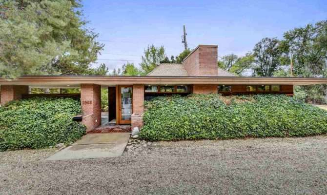 Brick Frank Lloyd Wright Inspired Homes Multigenerational
