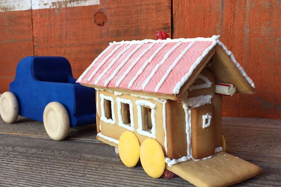 Can Build Gingerbread Tiny House Resembles Gypsy Wagon