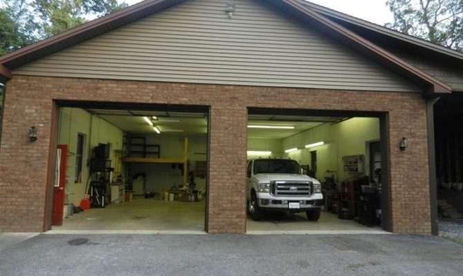 Carproperty Real Estate Needs Car