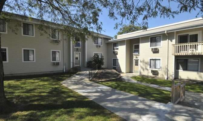 Carriage Hill Apartments Goshen