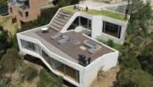 Casa Has Green Roof Into Living Room Inhabitat Design