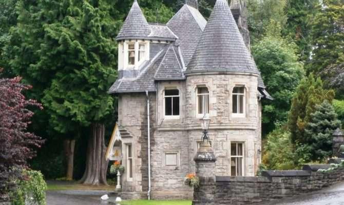 Castle Like House Marks Star Athol Palace Hotel