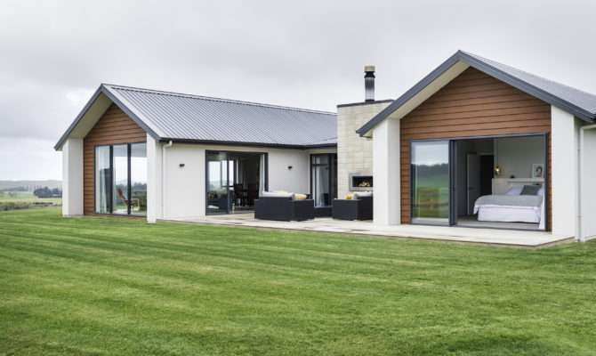 Cattle Farmers Build Their Dream Home Rural North Otago