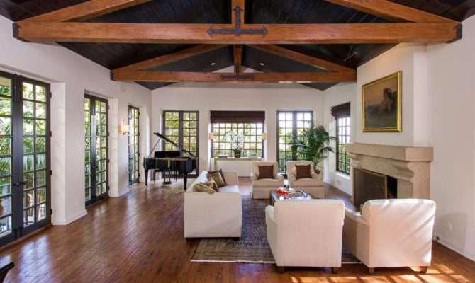 Celebrity Homes Jodie Foster Spanish Villa Los