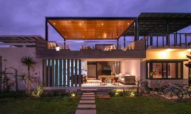 Chic Seasonal Beach House Peru Romo Arquitectos