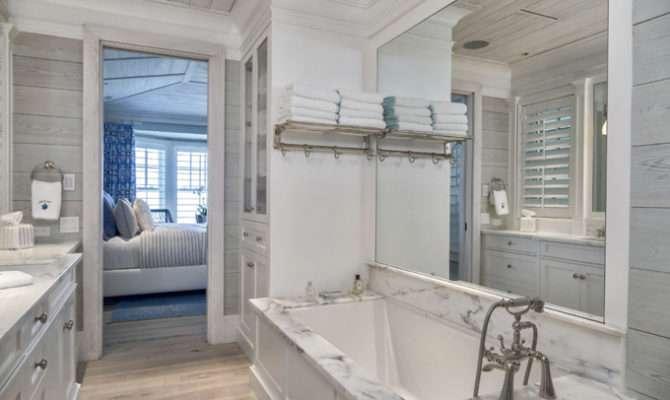Coastal Beach House Bathroom