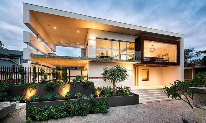 Contemporary Beach House Australia Creates Magical Feeling