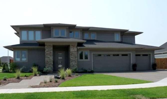 Contemporary Craftsman House Plan