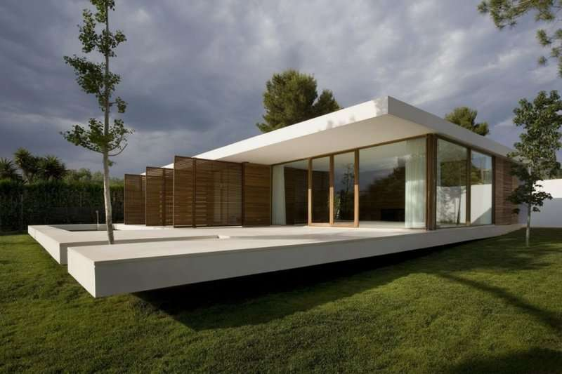 Contemporary House Glass Wall Plane Concrete Srr