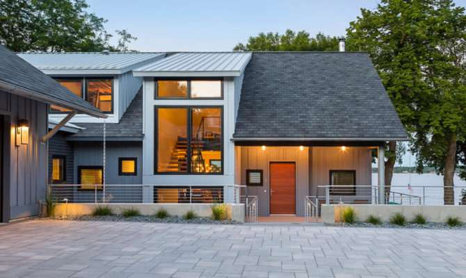Contemporary Lake House Minnesota Encourages Fun