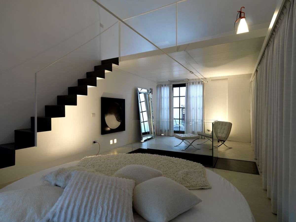 Cool Space Saving Loft Bedroom Designs
