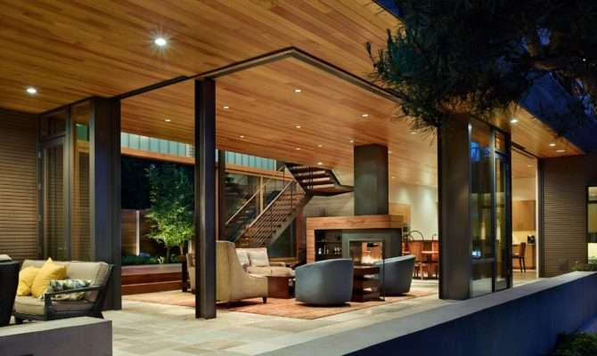 Courtyard House Contemporary Residence Seattle