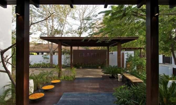 Courtyard House Hiren Patel Architects Architecture