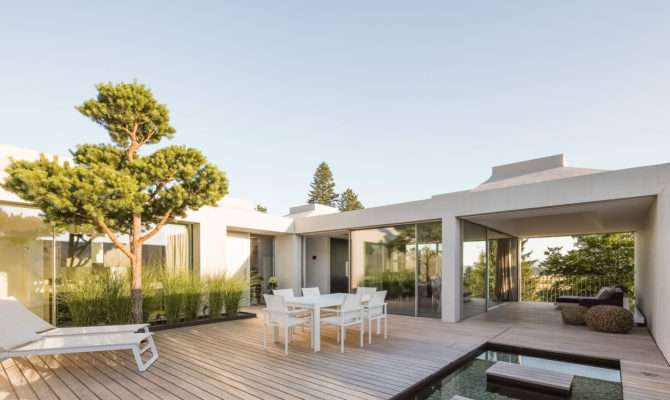 Courtyard Houses Think Architecture
