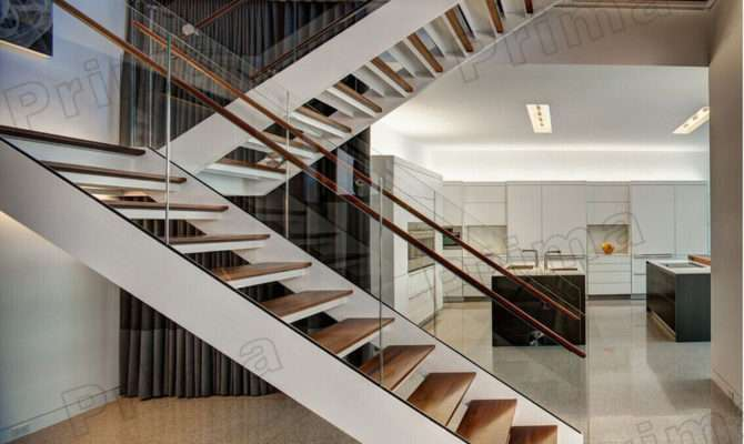 Custom Shaped Staircase Tempered Glass Railing