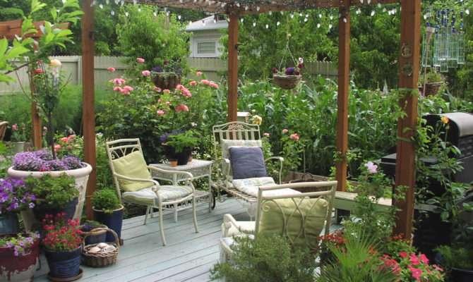 Deck Garden Smalltowndjs