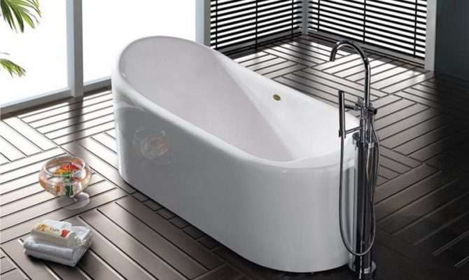 Deep Narrow Bathtub