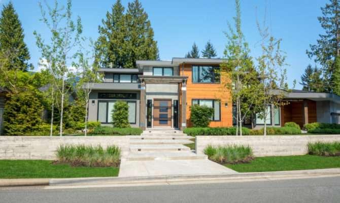 Different West Coast Contemporary Home Exterior Designs