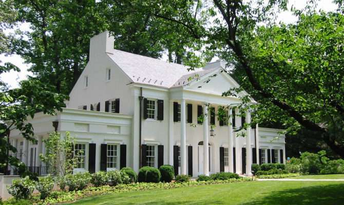 Donald Lococo Architects Classic American Neoclassical Home
