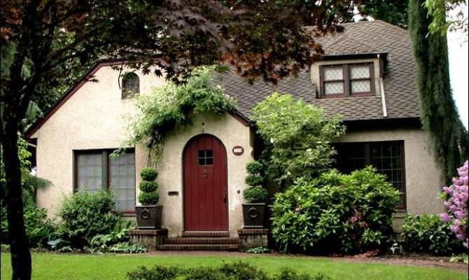 English Cottage Style Bungalow Arts Crafts Architecture
