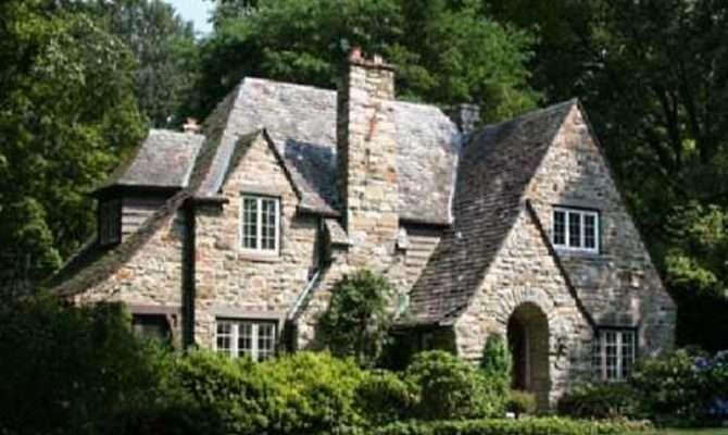 English Cottage Style Kitchen