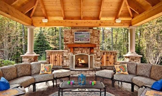 Essentials Creating Beautiful Outdoor Room Spaces