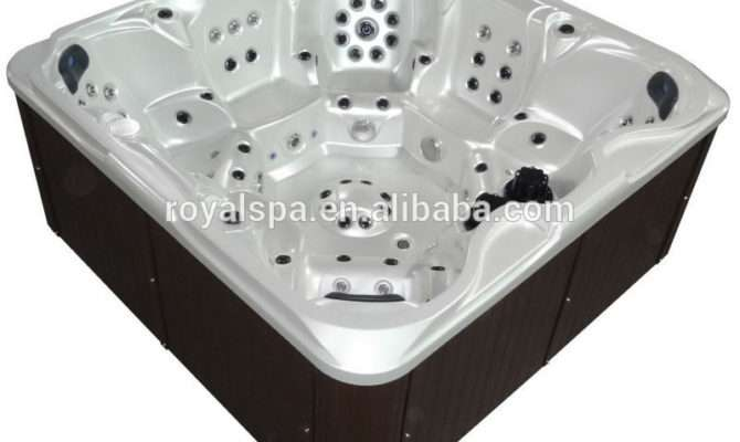 European Outdoor Whirlpool Bath Hot Tub Used Person