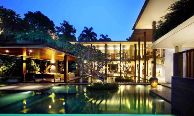 Eye Catching Cool Modern House Swimming Pool Closed