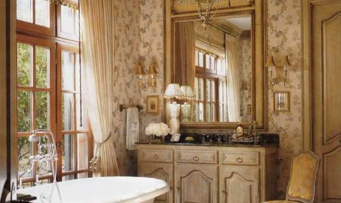 Eye Design Create French Bathroom