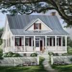 Farmhouse Plan Square Feet Bedrooms