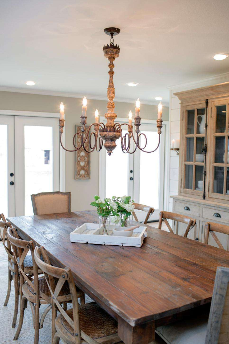 Fixer Upper Country Style Very Small Town Hgtv