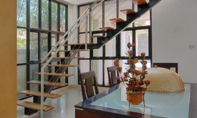 Flamboyant Modern Staircase Designs