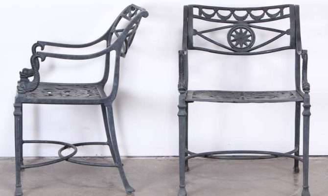 Florentine Craftsman Style Patio Set Stdibs