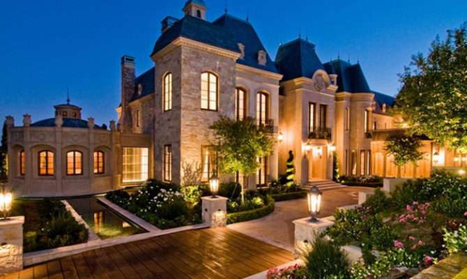 French Chateau Homes Designs