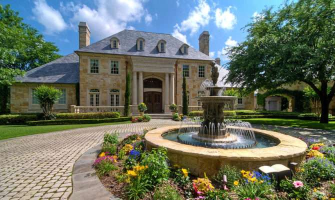 French Manor Posh Style Living