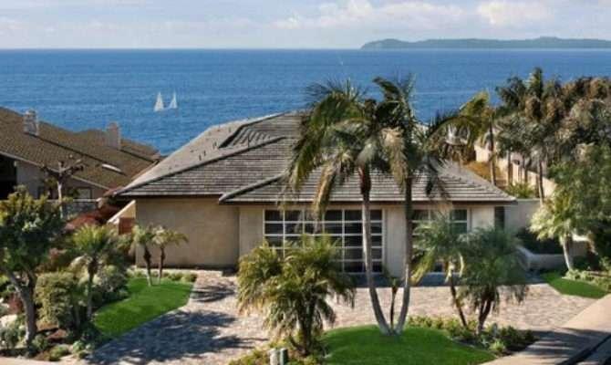 Fresh Modern Design Tropical Beach House